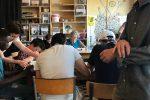 Le café associatif : une plateforme d'initiatives de transition